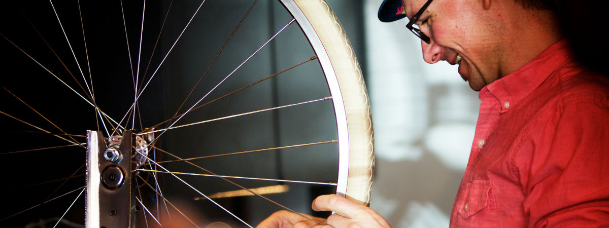 Upcycles: expert bike repair with a smile!